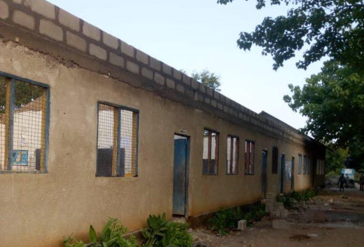 Refurbishment of the Kaole Primary School near the ancient Tanzanian 🇹🇿 capital of Bagamoyo.